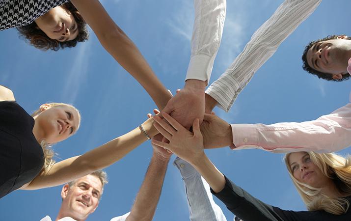 use improv for teambuilding